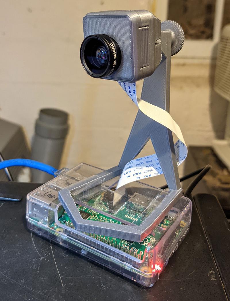 Raspberry Pi 2 and Raspberry Pi Camera Module in 3D printed stand